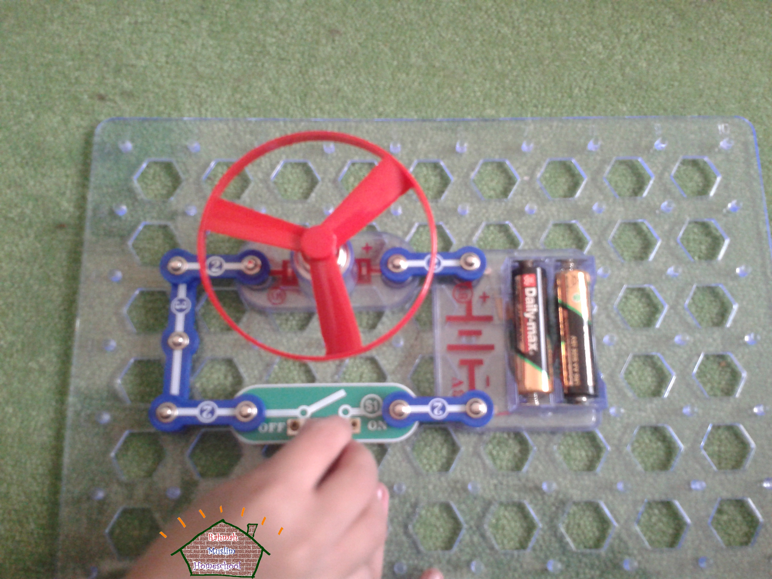 Electronics for Kids; Project 2, DC Motor and Switch | The Resources ...